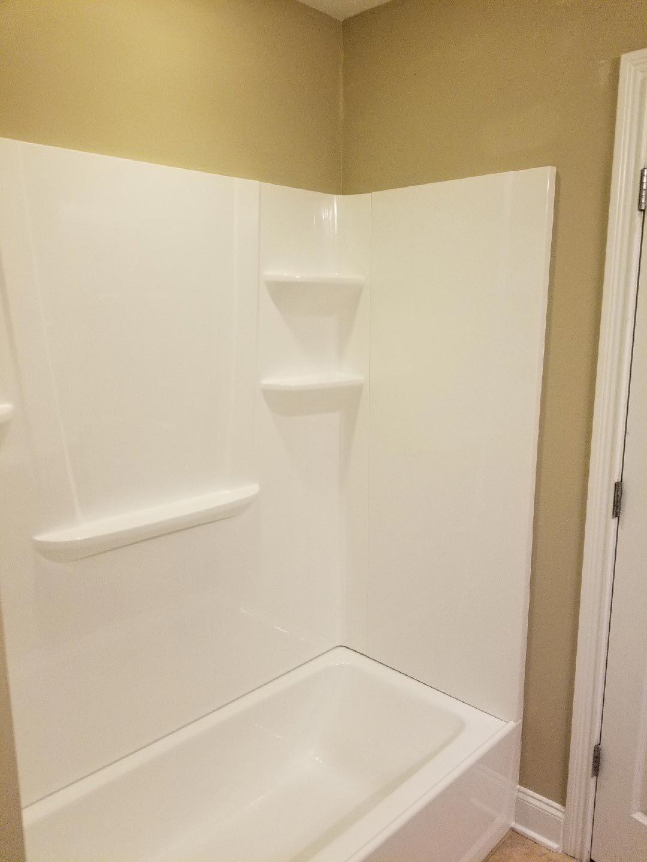 Bathroom /10/